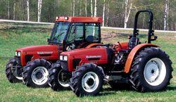 Valtra Valmet 3500-4 C MFWD (red).jpg