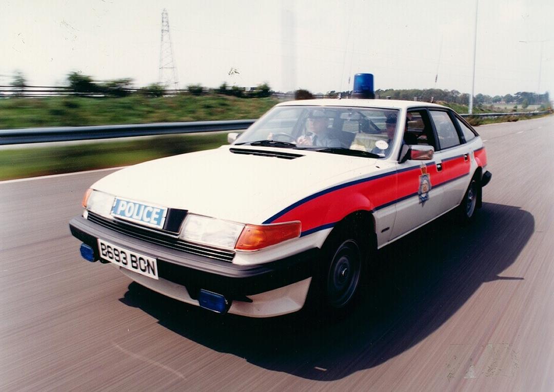 West Midlands Police Rover SD 1 Traffic Car c.1985.jpg