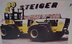 Steiger Panther Twin ST650 - 1977.jpg