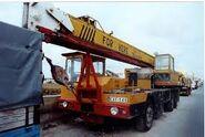 A 1990s ALLEN-GROVE Cranetruck HS Series in Malta