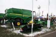 John Deere S690i tracked combine at LAMMA 2013 IMG 6344