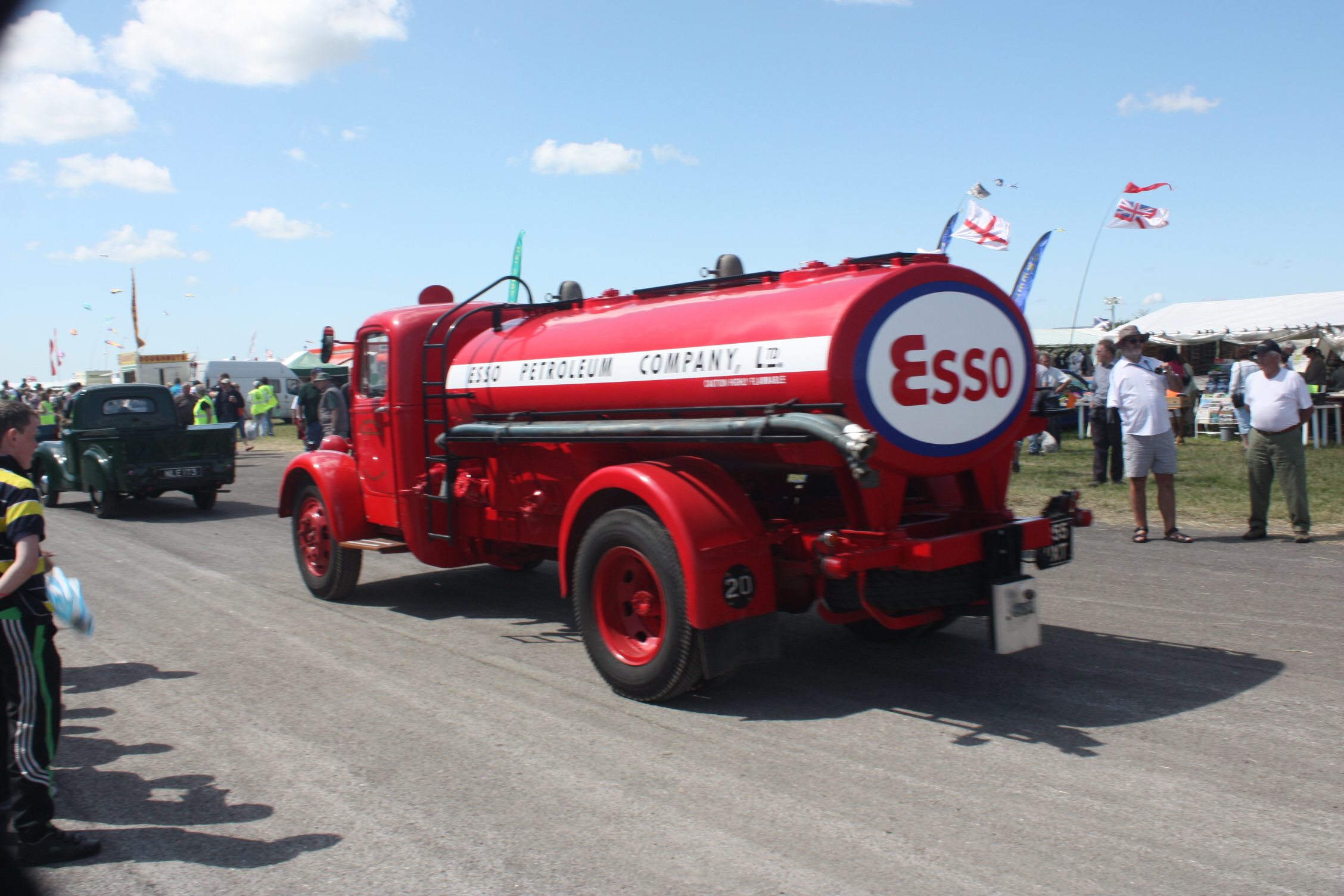 Bedford O Tanker - 855 UXT at Cumbria 09 - IMG 0594.jpg