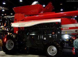 MF 9695 combine - 2010.jpg