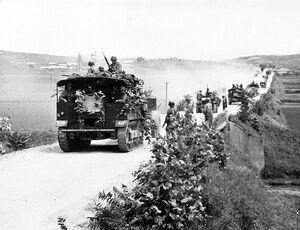 Artillery-prime-movers-korea.jpg