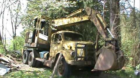 Hopto_300_excavator