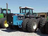 Ford Versatile 946