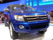 2010 Ford Ranger (T6) 4-door utility, prototype (2010-10-16) 04