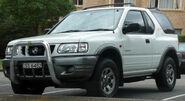 2000-2003 Holden UE Frontera Sport hardtop 01