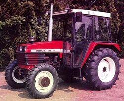 Universal 533 DT MFWD-1994.jpg