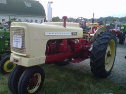 Cockshutt 570 - 1959.jpg