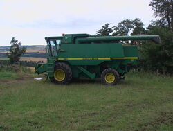 Combine harvester without cutter attachment - geograph.org.uk - 908905.jpg