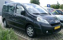 Peugeot Expert front 20070611.jpg