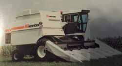 New Idea 819 combine - 1985.jpg