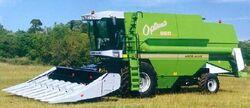 AA Optima 660 combine - 2001.jpg