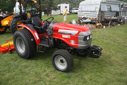McCormick Tractotors CT28 (by LS Cable ltd) 09 - IMG 042.jpg