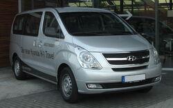 Hyundai H1 front.jpg