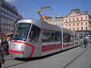 Tram 13T Brno.jpg
