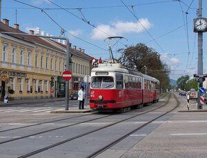DonaustadtstrasseLijn25.jpg