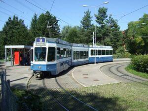 Hirzenbach eindpunt lijn9 Tram2000.jpg