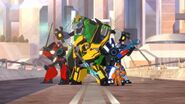 Transformers-Robots-in-Disguise---Season-1-New-Team 1412711195