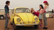 Bumblebee (Movie) 1h00m03s
