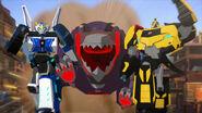 RID2015 Underbite chases autobots