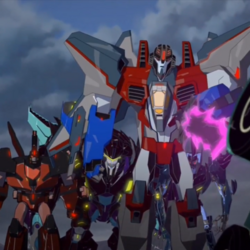 Starscream's Team and Clawtrap.png