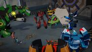 Bee Team, Russell, Blurr and Denny Beat the Springload