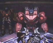 Optimus vor dem Hohen Rat mit Zeta Primes Körper