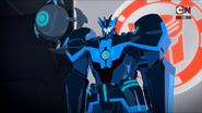 Cyclonus speaks to the Autobots
