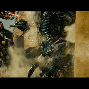 Rotf-optimusprime&thefallen-film-battle.png