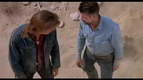 Tremors (1990) 4 10