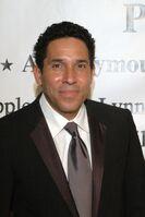 2009 CUN Award Party Oscar Nuñez 058.jpg