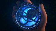 Amulet of Daylight - language glows