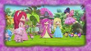 Golden Berry Fairy Cherry speaks to Princess Strawberrita