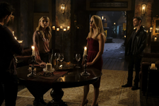 5x08-Mikealson