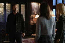 2x12 Kai Parker Screwed Us-Alaric-Josie-Lizzie