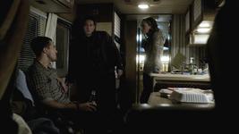 Brady tyler jules 2x13