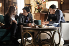 1x11 We're Gonna Need a Spotlight-Hope-Landon-Rafael