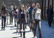 The-walking-dead-episode-512-group001