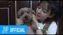 "JEONGYEON TV ""Cooking video of Doggy snack!"" BEHIND SELF-CAM"