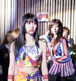 Momo Fancy Backstage 190614 1