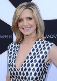 Courtney-Thorne-Smith--2015-TV-LAND-Awards--17.jpg