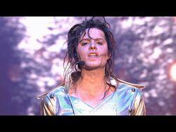 Piotr Gawron-Jedlikowski jako Michael Jackson - Twoja Twarz Brzmi Znajomo