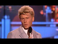 Michał Meyer jako David Bowie - Twoja Twarz Brzmi Znajomo