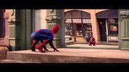 Novo viral da Evian mostra versão bebê do Homem Aranha