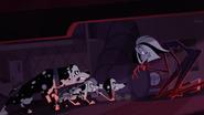 46 Cruella De Mon, Doug, Dolly, Delilah - De Mon ubiera się w szczeniaki