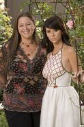 Delia and Melinda04