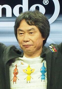 Shigeru Miyamoto at E3 2013 1 (cropped).JPG