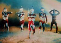 左からゾフィー 初代ウルトラマン A ジャック セブン